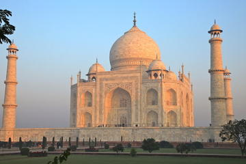 Tour de un día histórico a Agra: Amanecer en el Taj Mahal, Fuerte de...