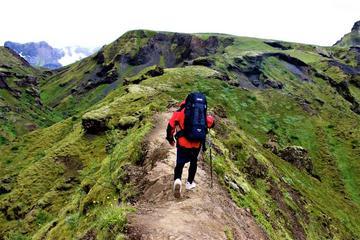 Aventura de senderismo en el volcán...