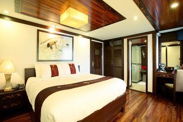 Indochina Sails Junk Cruise Ha Long 2...