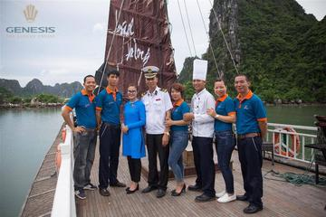 Luxury HaLong day tour
