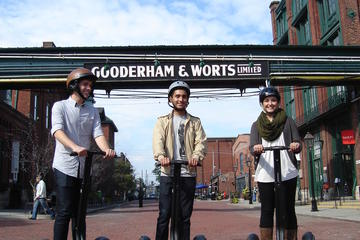 Recorrido en Segway de 30 minutos por Distillery District en Toronto