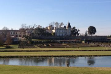 Excursão privada: Degustação de Vinho des Châteaux na Rota de Médoc...