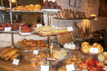 Tour a pie de comida gourmet en Burdeos con almuerzo