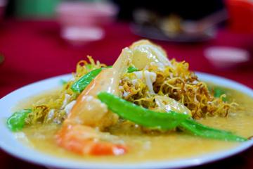 Einheimisch Speisen: Kuala Lumpur Hawker Center und Street...