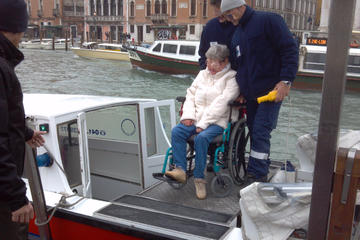Accessible Transfer Service for wheelchair users in Venice