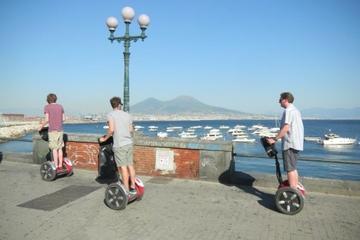 Excursion au bord de mer à Naples: Tour de la ville en Segway