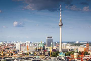 Unngå køen: Spis lunsj på toppen av Berlins TV-tårn