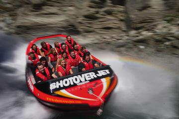 Sortie en jetboat extrême sur la rivière Shotover au départ de...
