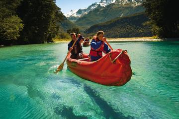 Funyak-Kanu und Sportbootfahrt auf...