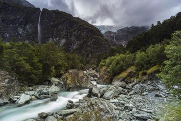 Rob Roy Glacier Day Hike with Transport from Queenstown
