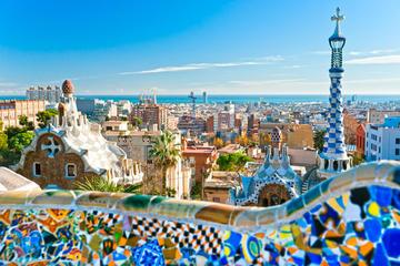 Recorrido turístico por la Barcelona de Gaudí desde la Costa Brava