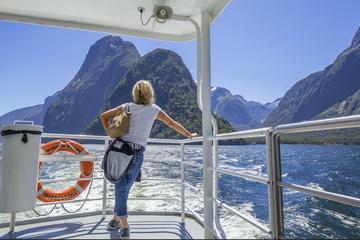 Cruzeiro de Milford Sound e Excursão opcional de ônibus