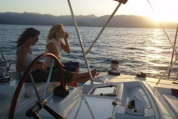 Bootsfahrt bei Sonnenuntergang ab...