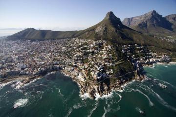 Vol en hélicoptère au Cap: côte...