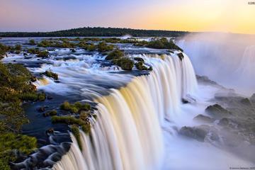 Excursion d'une journée complète aux cascades d'Iguazú côté argentin...
