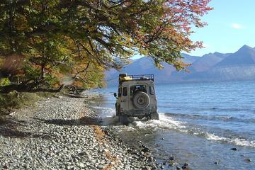 Recorrido de aventura en vehículo 4x4 por Tierra del Fuego con salida...