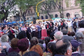 Recorrido por la Feria de San Telmo y...