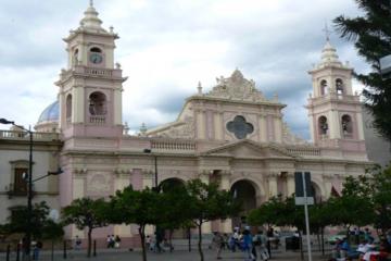 Visita turística por la ciudad de Salta