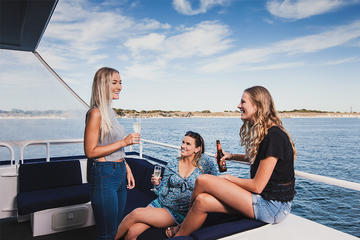 1.5-Hour Perth Coastal Cruise With Complimentary Drink