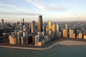 Vol en hélicoptère au-dessus des sites de Chicago