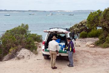 Circuit en 4x4 en petit groupe dans l'île Kangourou au départ...
