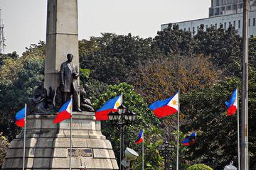 Manila Antigua y Nueva: Visita turística con Intramuros y Fort...
