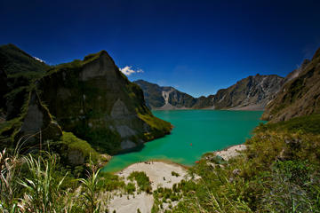 Mt Pinatubo Day Trip and 4x4 Adventure from Manila