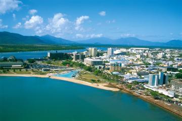 Visite de la ville de Cairns en petit groupe avec croisière en option...