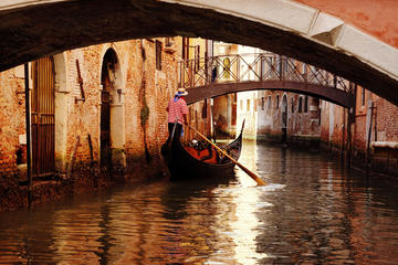 Young Casanova: A Venetian tale of passion self-guided mobile tour
