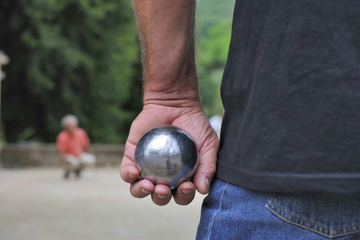 Beleef Frankrijk: Leer pétanque spelen in Parijs