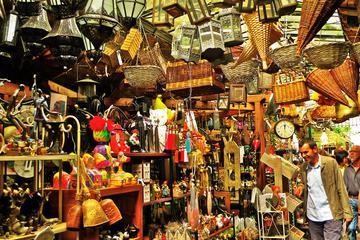Flohmarkt St-Ouen: Schnäppchenjagd in Paris