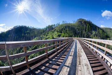 Day Trip Exuberance Tour - Historical Walking Tour and Picnic near Kelowna, Canada