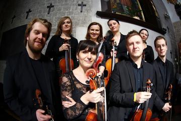 Concert kamerorkest in de kerk van St Adalbert in Krakau