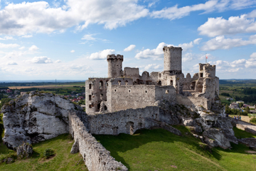 Viagem de um dia aos Castelos Poloneses partindo de Cracóvia