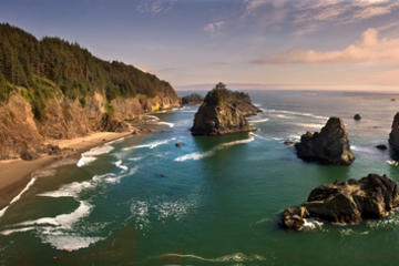 Book Oregon Coast Day Trip: Cannon Beach and Haystack Rock on Viator