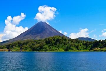 Excursion d'une journée au volcan Arenal et aux sources d'eau chaude...