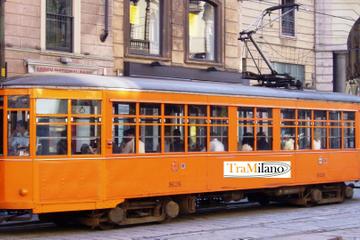 Excursão de ônibus panorâmico por Milão em bonde vintage com...