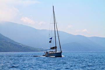 Visite privée: croisière en voilier au départ d'Athènes