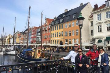 Bike tours around Copenhagens best sights!