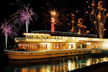 Crociera con cena di gala per Capodanno a Budapest, con musica e