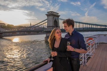 Sunset Cocktail Cruise on River Danube in Budapest
