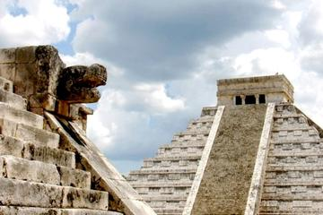 Chichen Itza Deluxe Tour from Cancun with Drop Off in Merida