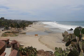 Discover Puerto Escondido: Full-Day Sightseeing To