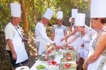 Experiência na cultura maia: Chichen Itza, Aula de culinária e...