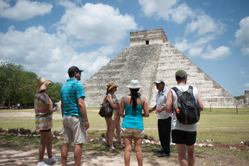 Private Chichen Itza Tour with Welcome Suite Access