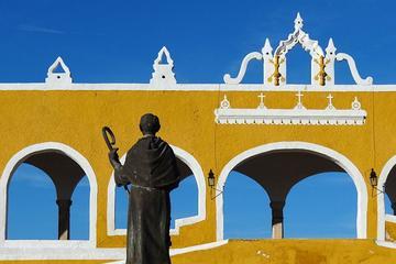 Recorrido por la ciudad de Izamal con coche de caballos desde Mérida