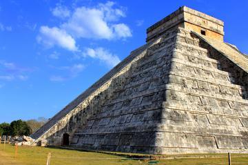 Rundtur till Chichén Itzá från Playa del Carmen inklusive privat ...