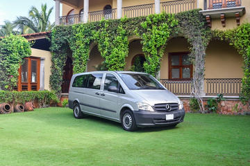 Shared Arrival Transfer: Merida Airport to Hotels