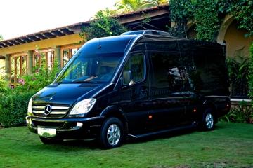 Transfert de luxe privé au départ: depuis l'hôtel vers l'aéroport de...