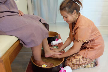 2-hour Thai foot and body massage